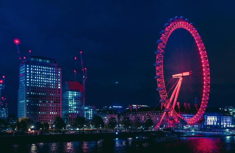 hand-held shots London Eye Neon - mungkey | ello
