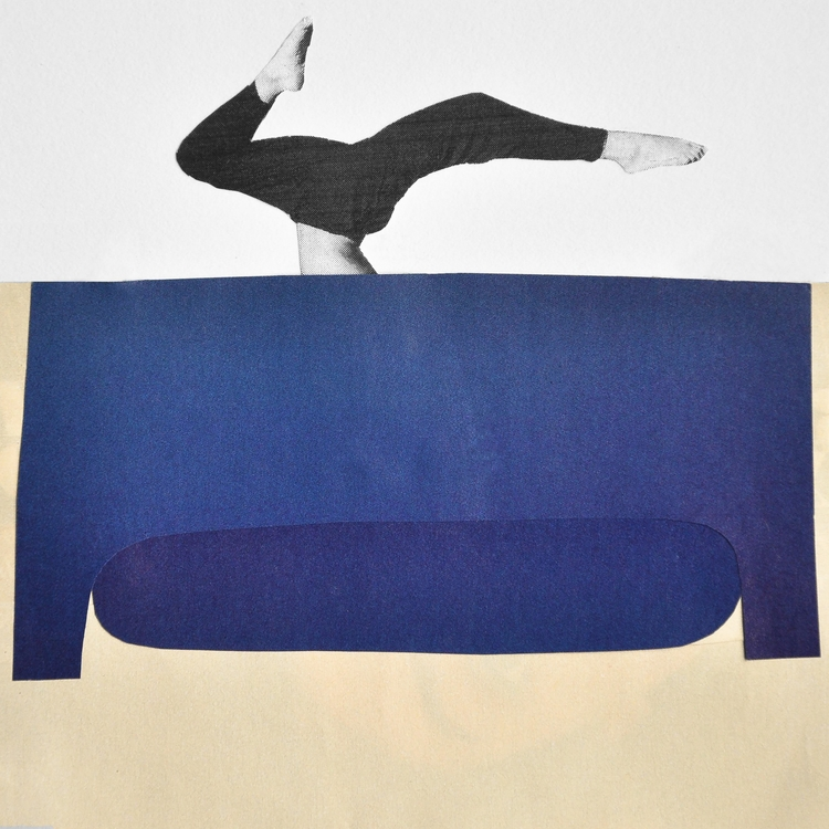 Grand bleu Day 31/100 Yogi sofa - jarlescheanyema | ello