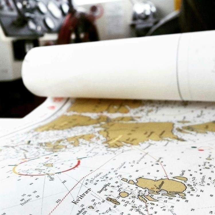 Navigating world longer referen - gathe | ello