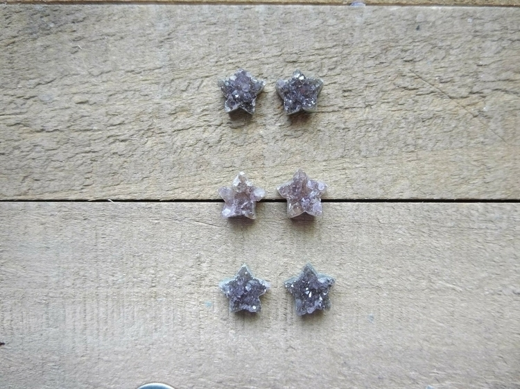 amethyst stars perfect earrings - rawandrefinedearth | ello