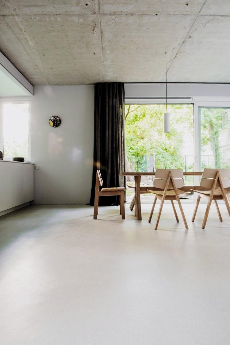 Open kitchen dining area. House - upinteriors | ello