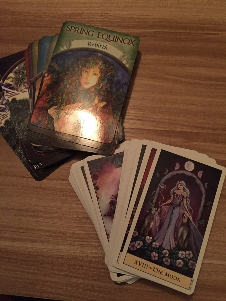 beauties today :heart_eyes - crystalvisions#earthmagic#tarot#oracle - lupa6791 | ello