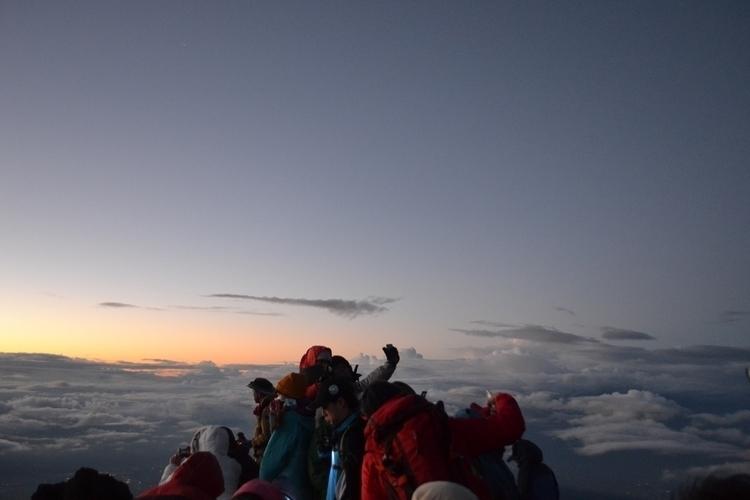 Sunrise top Mount Fuji summer.  - waygaijin | ello