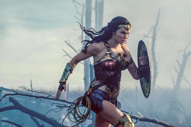 reviews Woman, Captain Underpan - lastonetoleave | ello