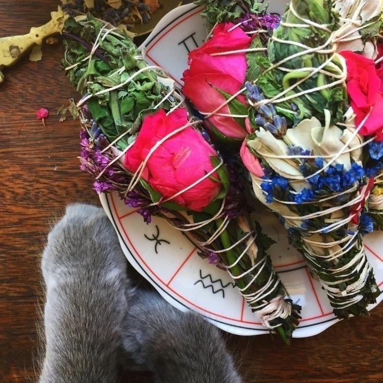 Fresh batch Floral Smudge Wands - unicornslovesugarmoonbeams | ello