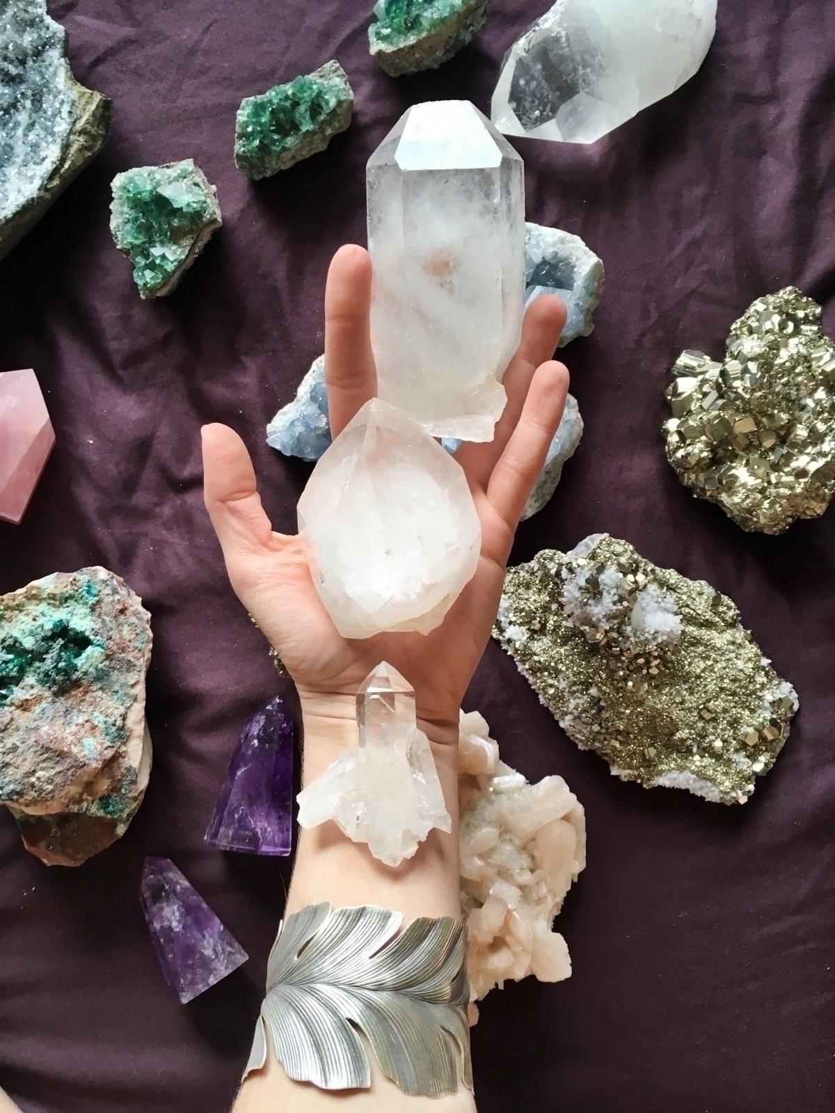 Quartz crystals shop  - belovedminerals - belovedminerals | ello