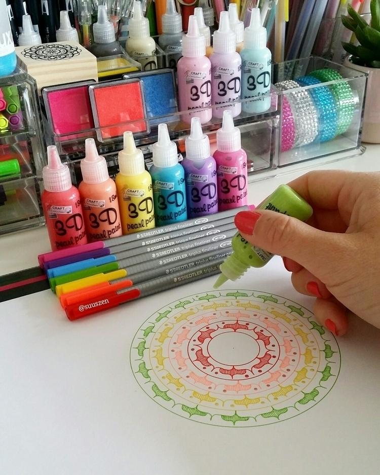 3D pearl paint mandala art - mandalaart - suuszen | ello