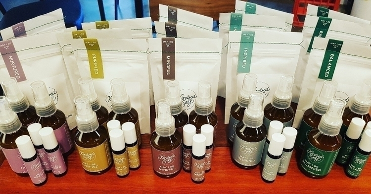 essential oils, roll ons body m - ateliercrafers | ello