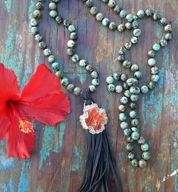 Mala African Turquoise spiny oy - dangbravegirl   ello