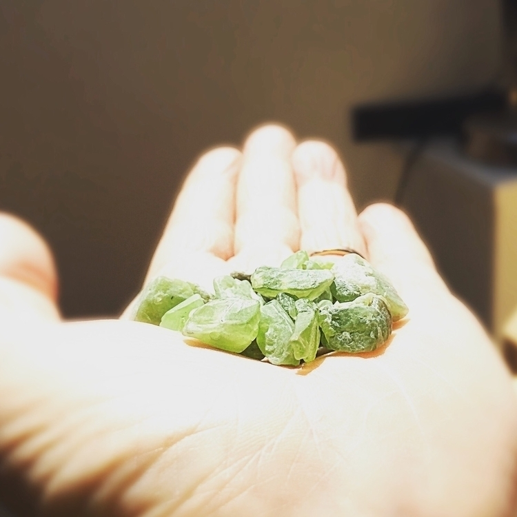 Emerald nuggets. perfect time y - empyreane | ello