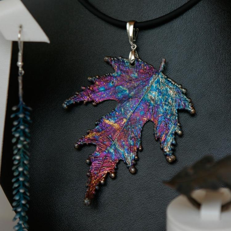 Leaf. Pendant. Silver - nature, forest - ipomoea_purpurea | ello