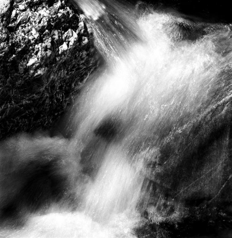 waterworks - hasselblad, blackandwhite - caspernicca   ello