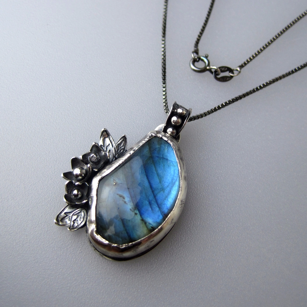 Sterling Silver Labradorite nec - whitneybanksjewelry | ello
