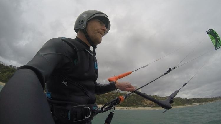 kitesurfing, Bournemouth, UK - oceanromeo | ello