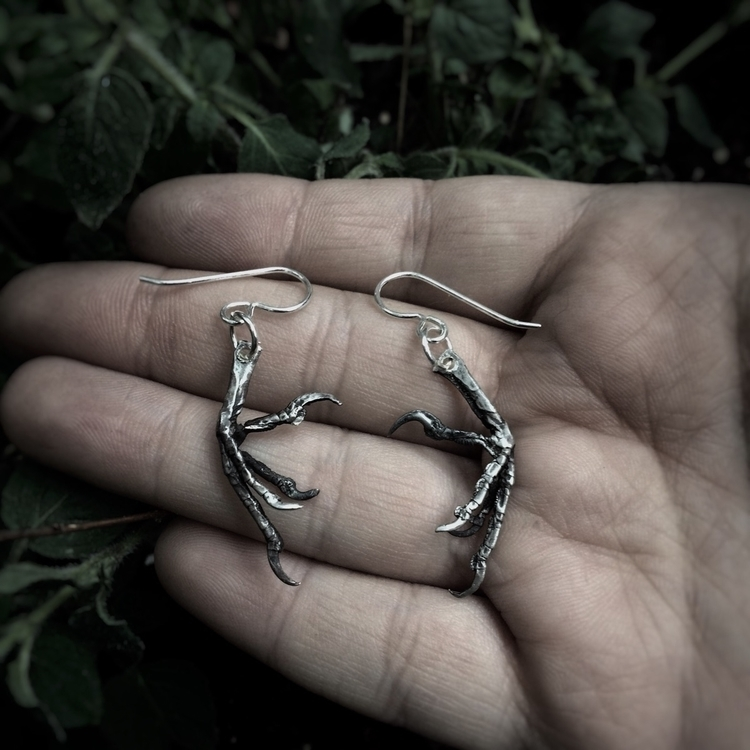 figure silver sparrow claws cas - project_om_jewels | ello