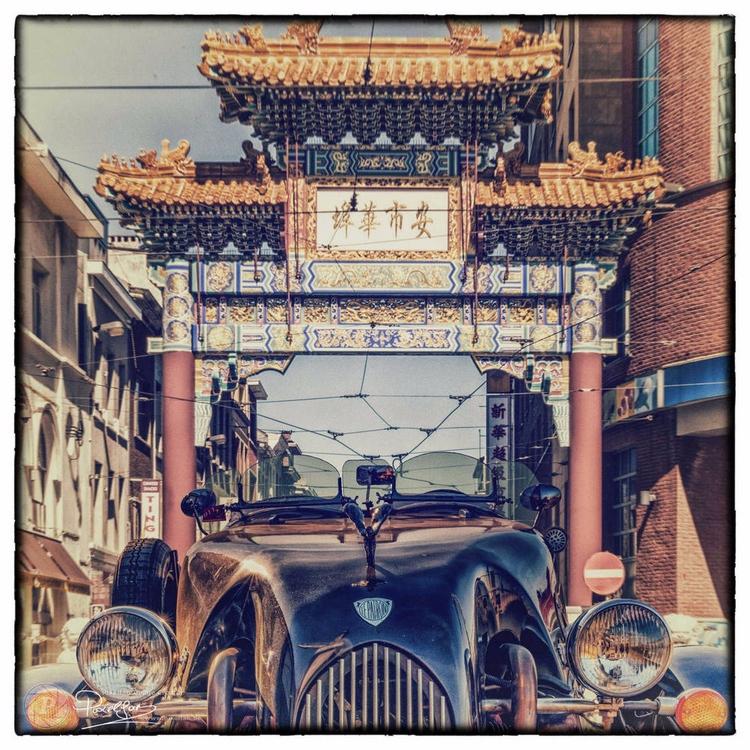 leaving Chinatown (check pics s - bisje   ello