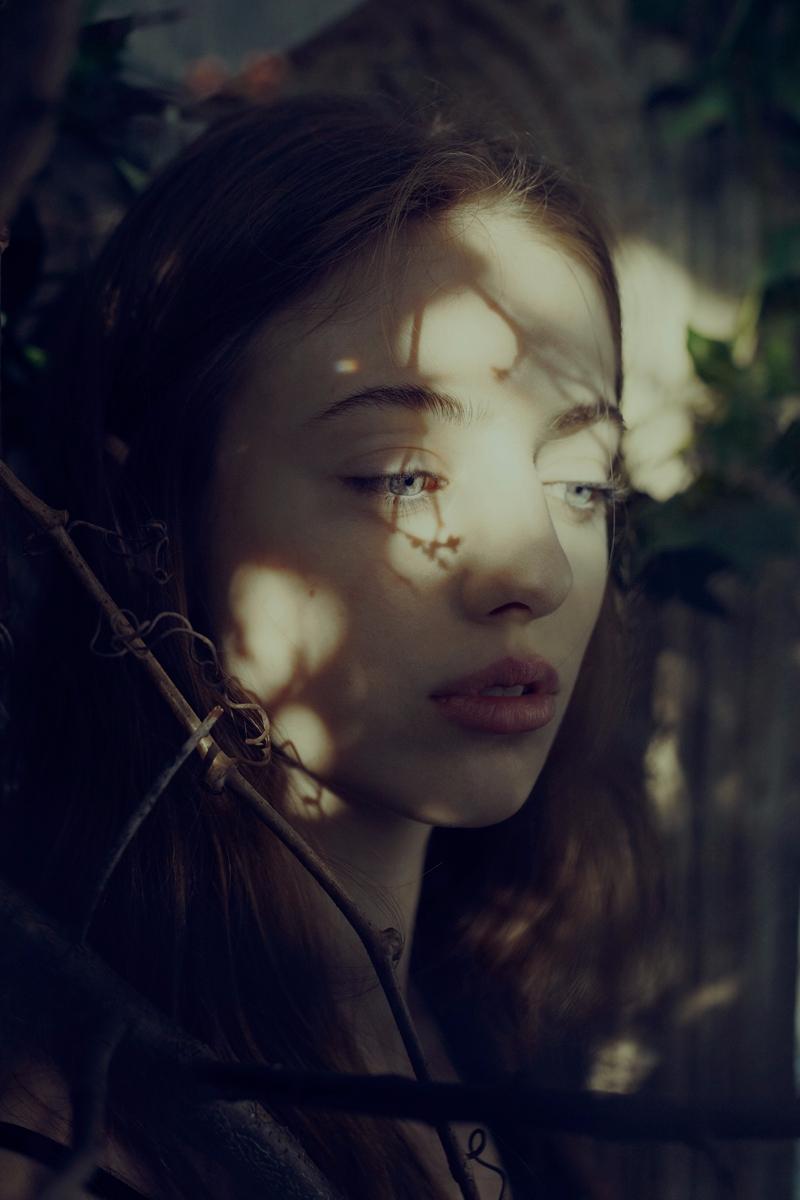 — Photographer:Marta Bevacqua  - darkbeautymag | ello