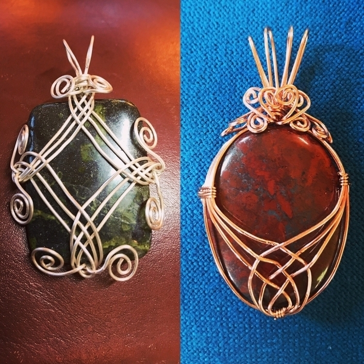 wire wrapped designs coming sho - thefleasknees | ello