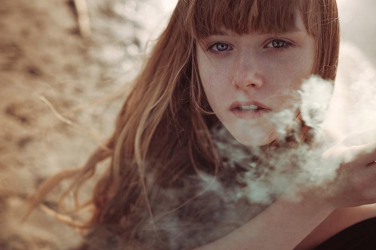 Photographer: Anne Hoffmann -H - darkbeautymag | ello