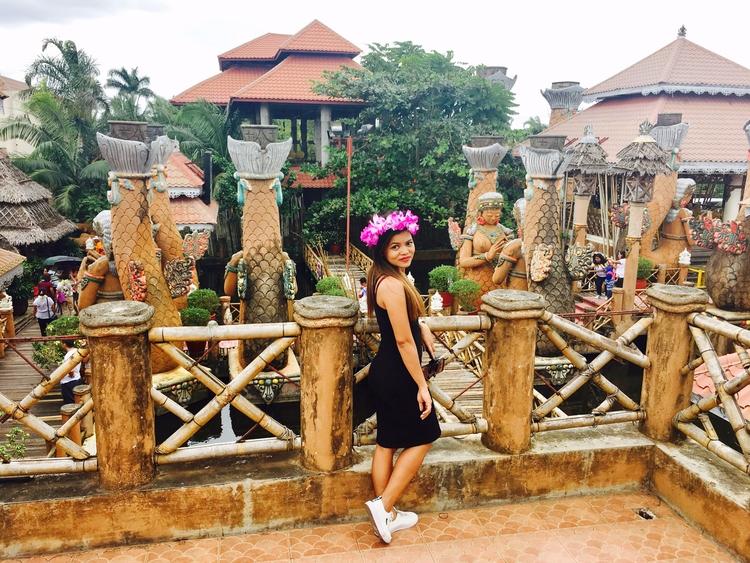 Thailand Feels Manila - Statue, Huge - rheaiyah | ello