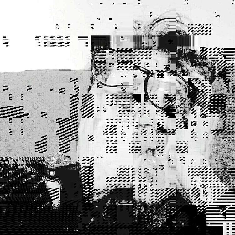 glytxh - cathalpaint, digitaldecay - cathal_lindsay_art | ello