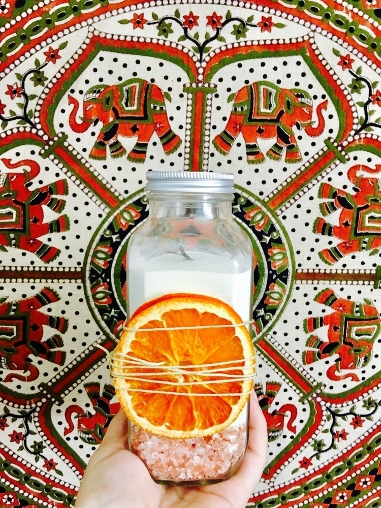 Lovely Vanilla Orange Milk Bath - doulasapothecary | ello