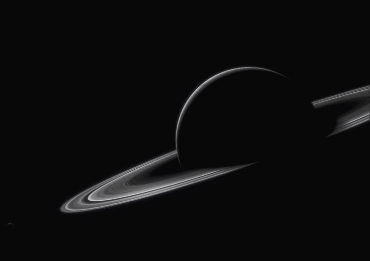 Saturn, drenched darkness. Satu - pask | ello