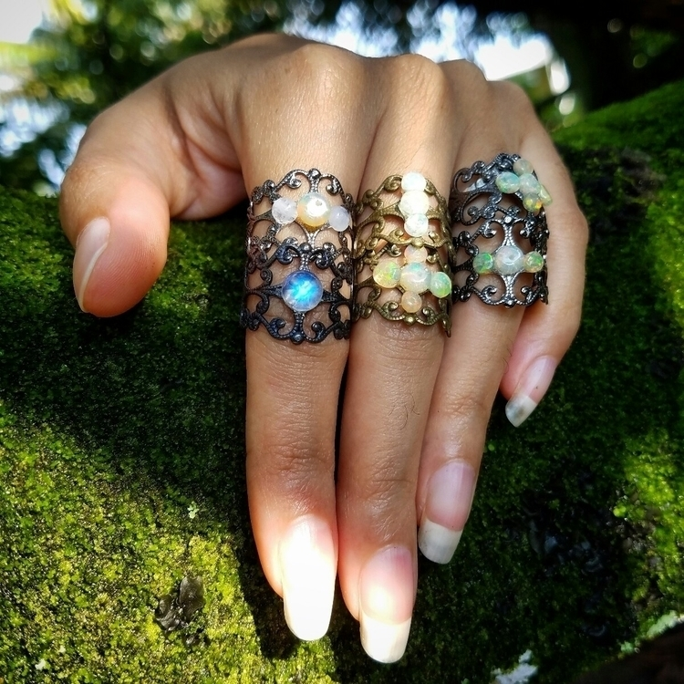 Attack rings! :heart:.  - spiritual - denderalight | ello