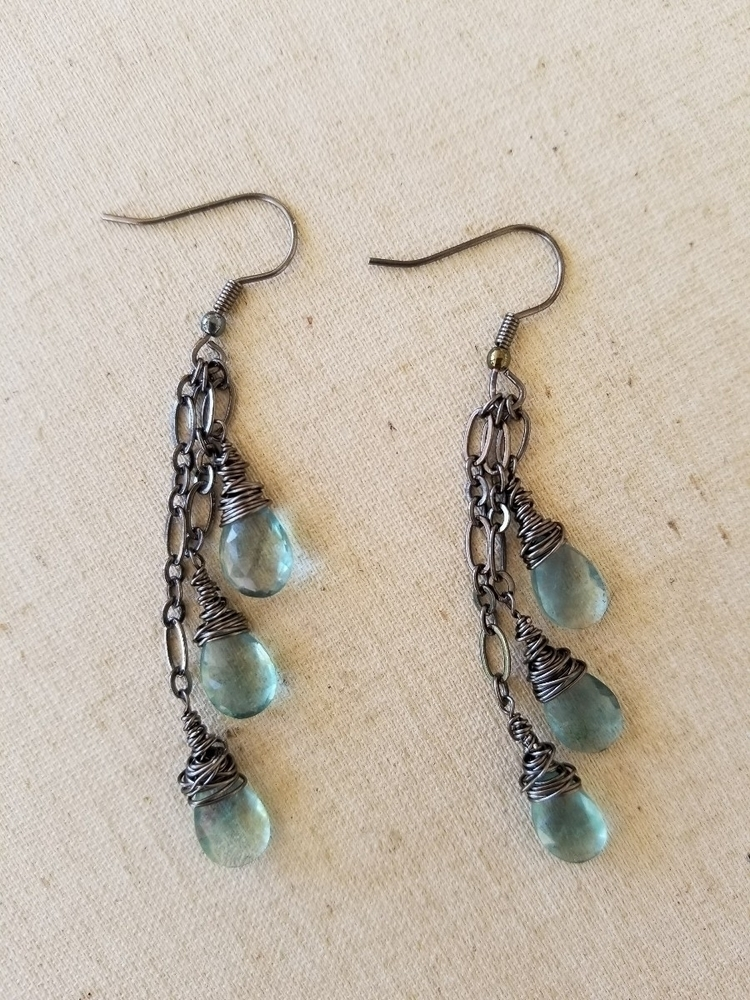 Flourite Earrings Gunmetal - strandedkiwi | ello