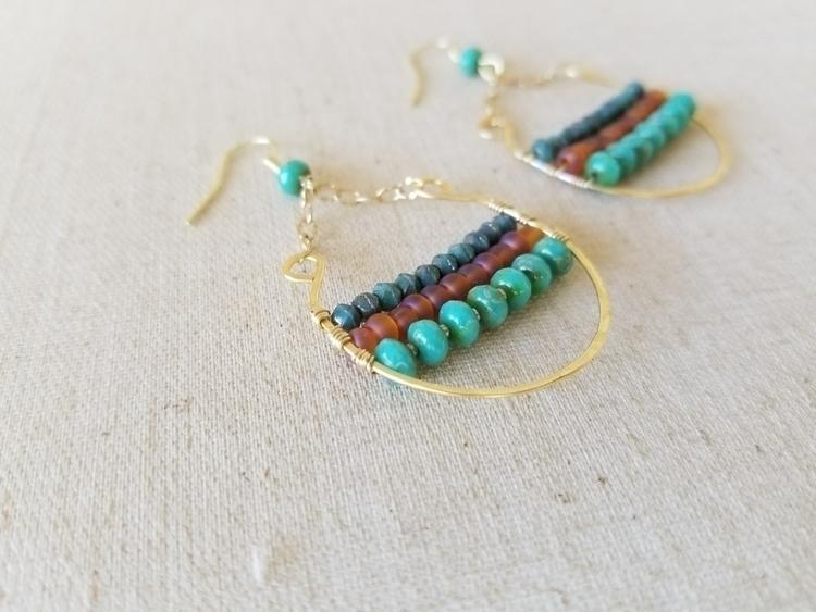 Hammered Gold Earrings Turquois - strandedkiwi | ello