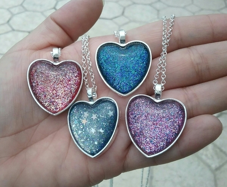 Hand painted crystal heart neck - almosdesigns | ello