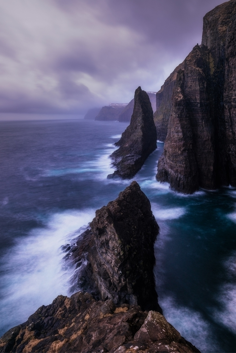 Edge World - Faroe Islands - faroeislands - shanewheelphoto | ello