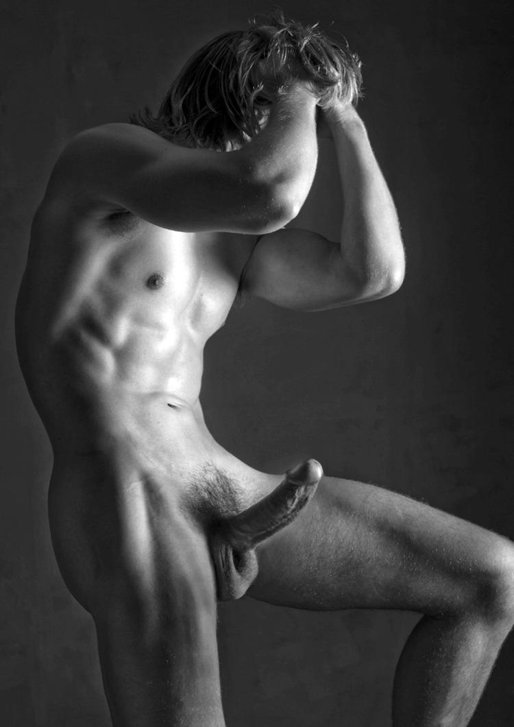 muzhchini-erotika-modeli-foto