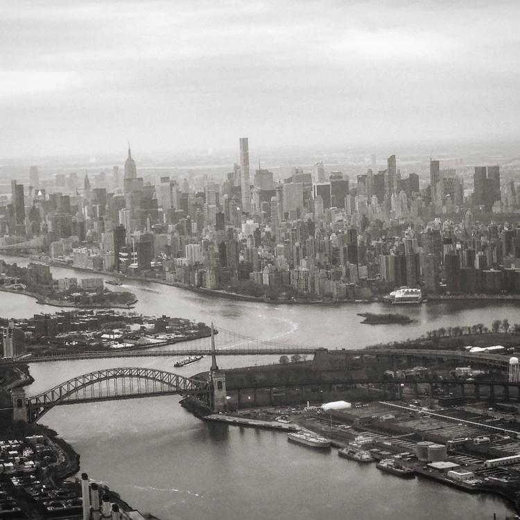 Manhattan,, Hell_Gate,, East_River. - billmoree | ello