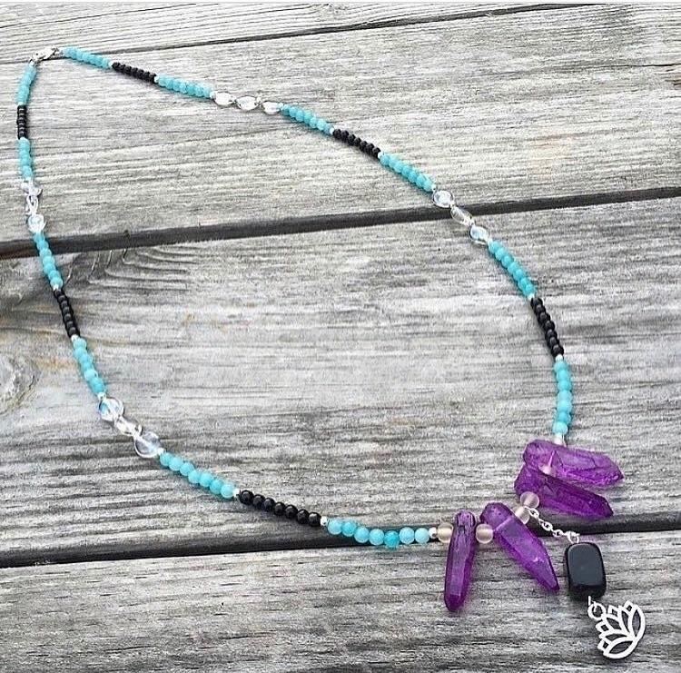 lovely beads, lotus charm Quart - therusticboheme | ello