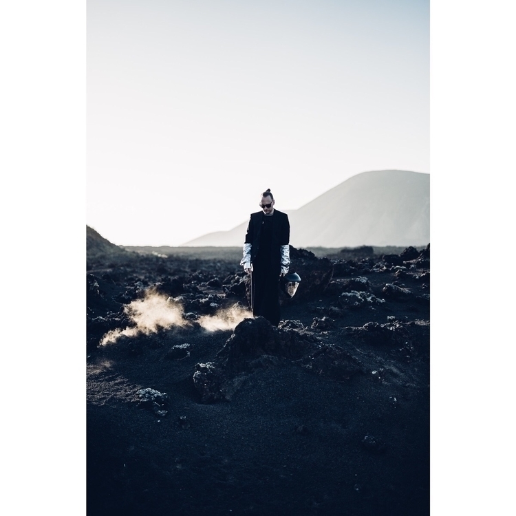 . FULL ARTICLE Photo - moonwalk - lionheaded | ello
