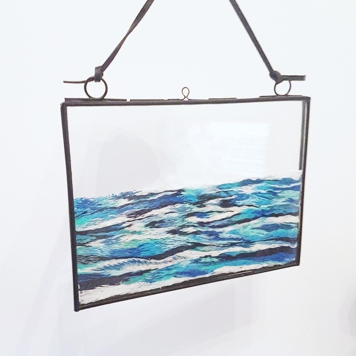 sea embroidery floating frame - textileart - fullmetalneedle | ello