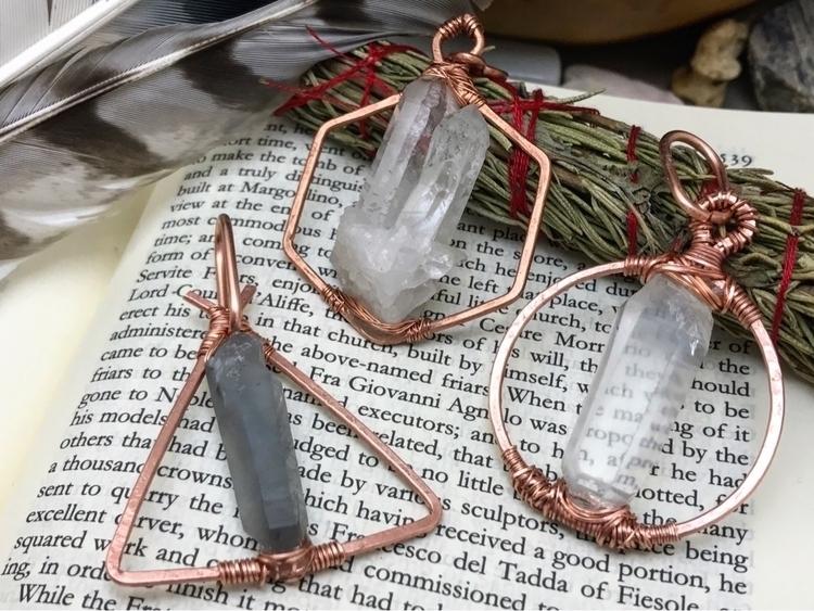Custom crystal geometric pendan - twistedleafstudio | ello