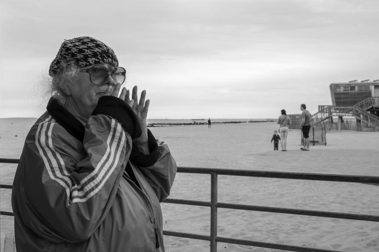 Simon Touch Nose Coney Island,  - giseleduprez   ello