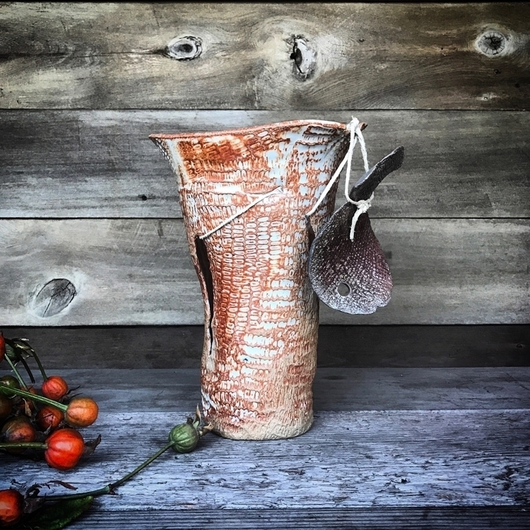 Shino vase caught raku fish - pottery - highyieldstudio | ello