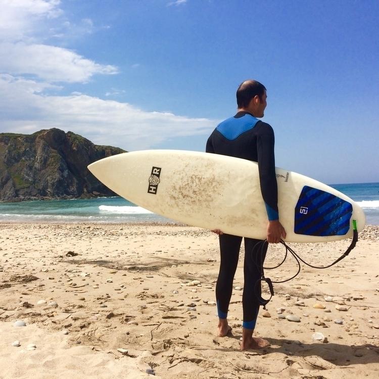 surfing, asturias - jonisimonpena | ello