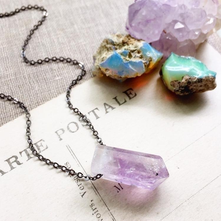 :purple_heart::unicorn:Amethyst - crowandiris | ello