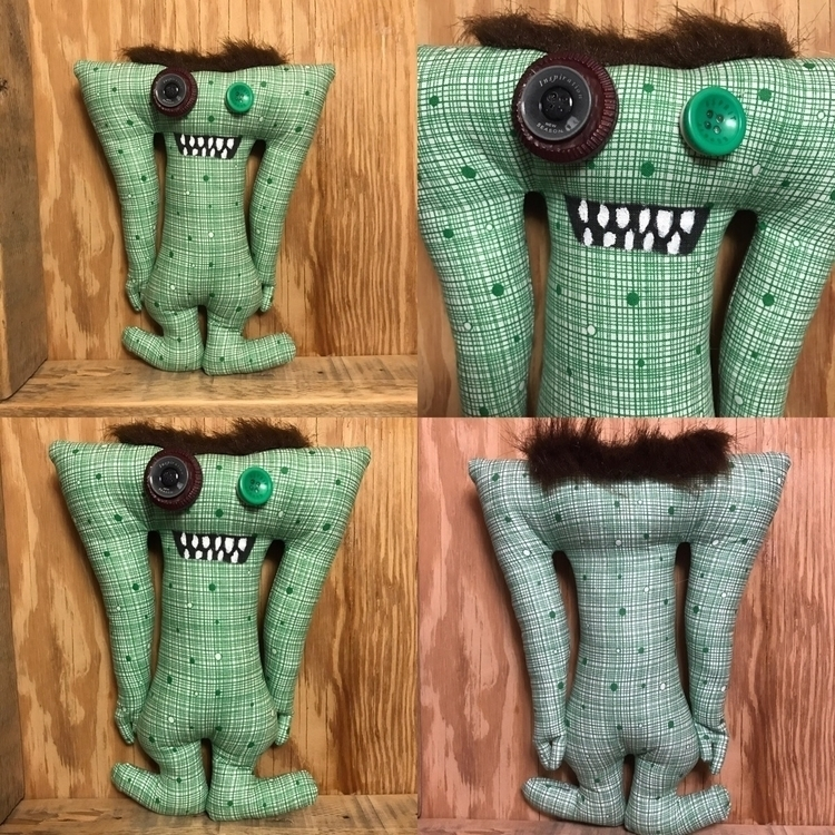 Green Grid Tall Monster  - handmade - tykesanimalkingdom | ello