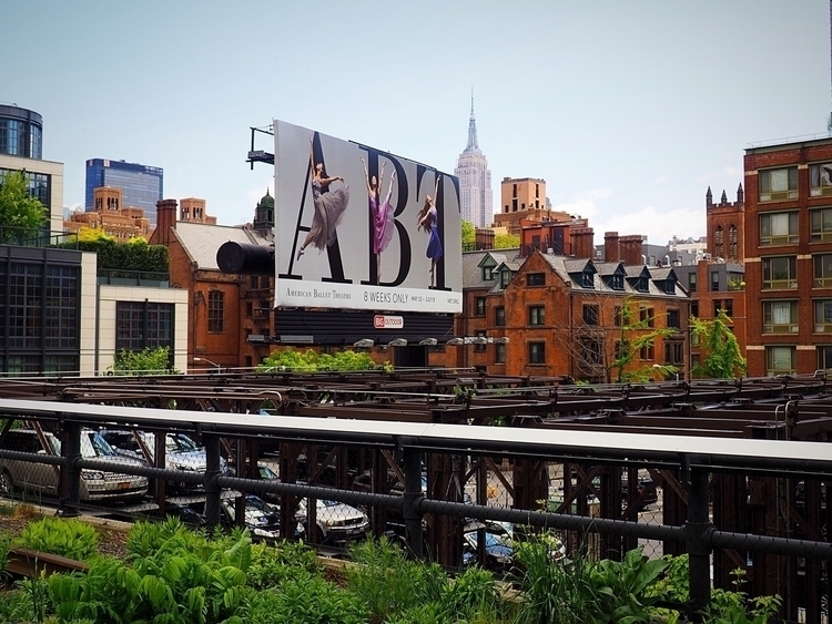High Line Manathan, York. Adver - thinkdesign | ello