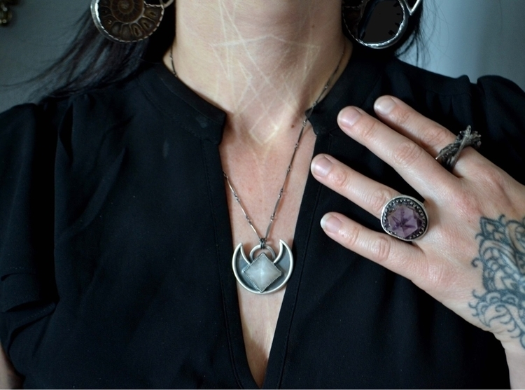 releasing pendant website today - baronesswolfe | ello