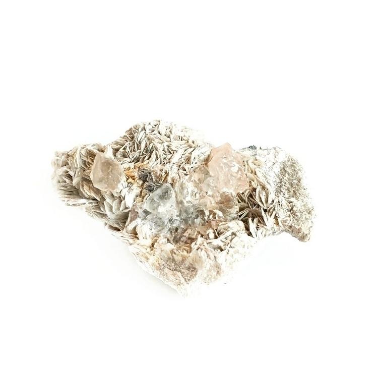 2 wide, beryl mica crystal amaz - mindbodymana | ello