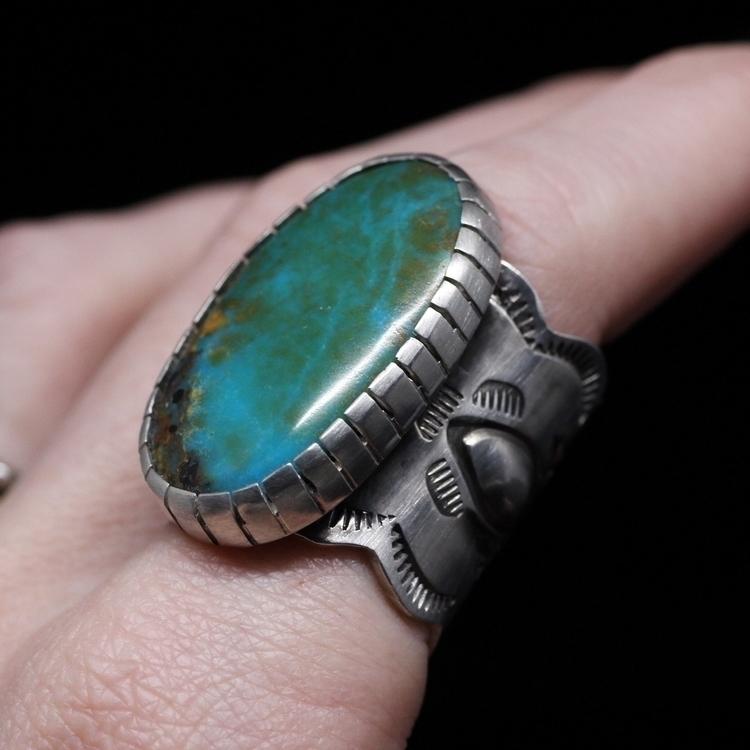 favorite ring lives Turquoise M - knotandsplice | ello