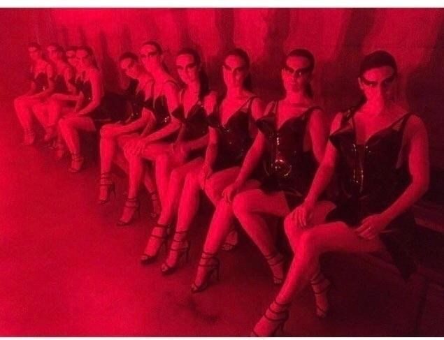 18 - black, dresses, Tate, TateModern - jivomir_domoustchiev | ello
