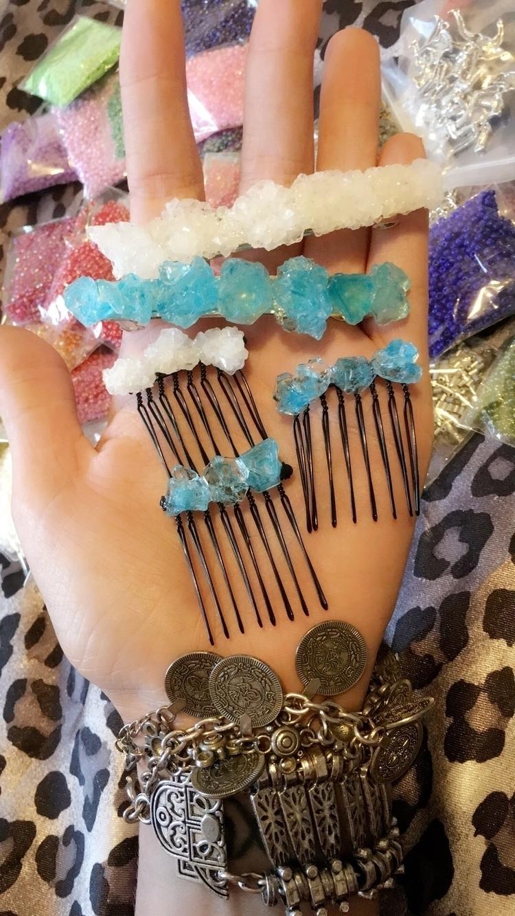 Handmade crystal hair decorativ - bodycandybycarlie | ello