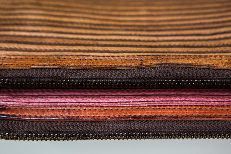 Majo leather wallets_spring sum - corazzaspace   ello